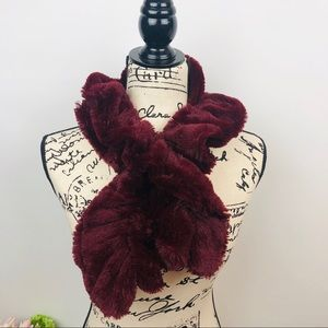 Faux feather ruched scarf